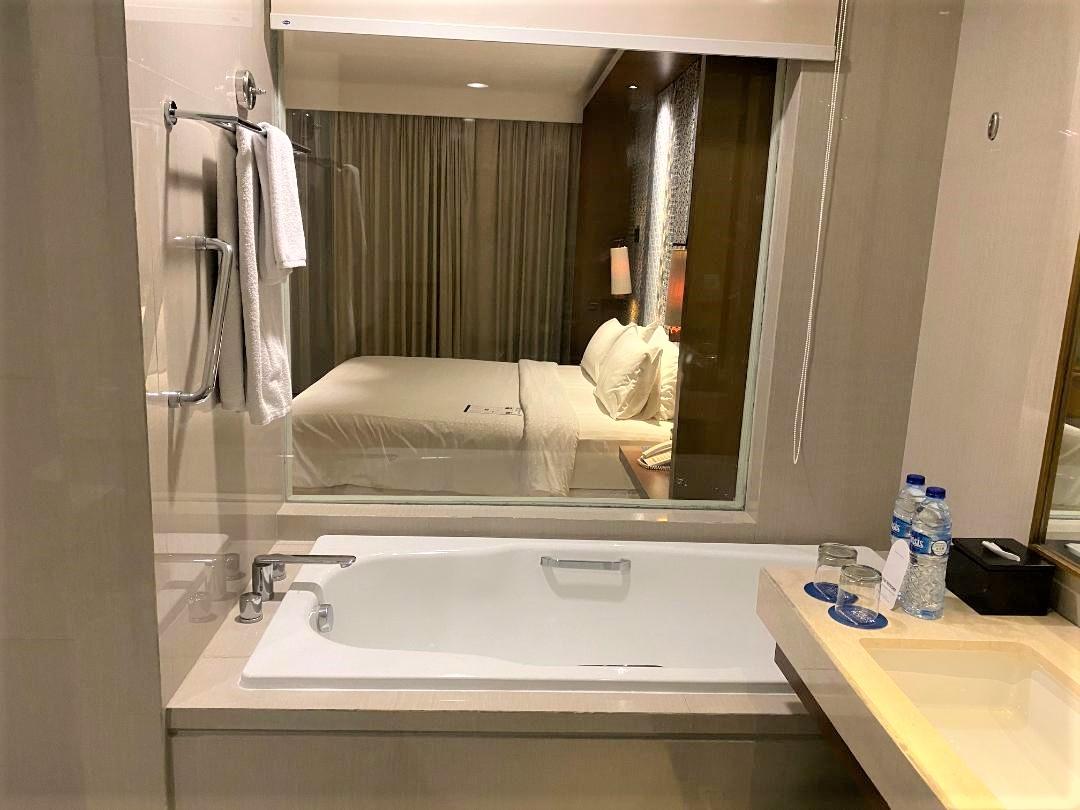 Bathtub, Four Points by Sheraton Bali, Seminyak