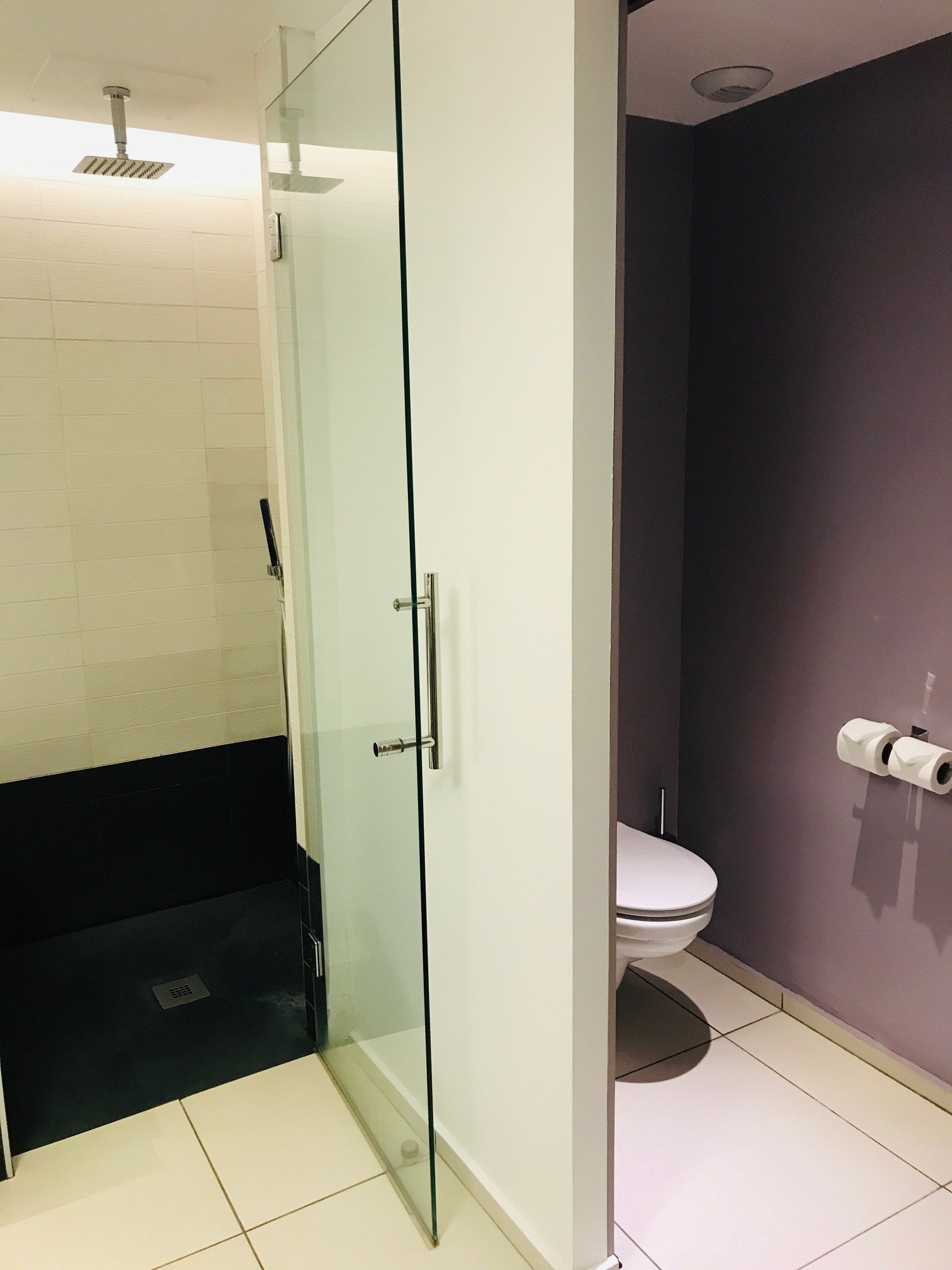 Shower & Toilet, The Voyager Suite