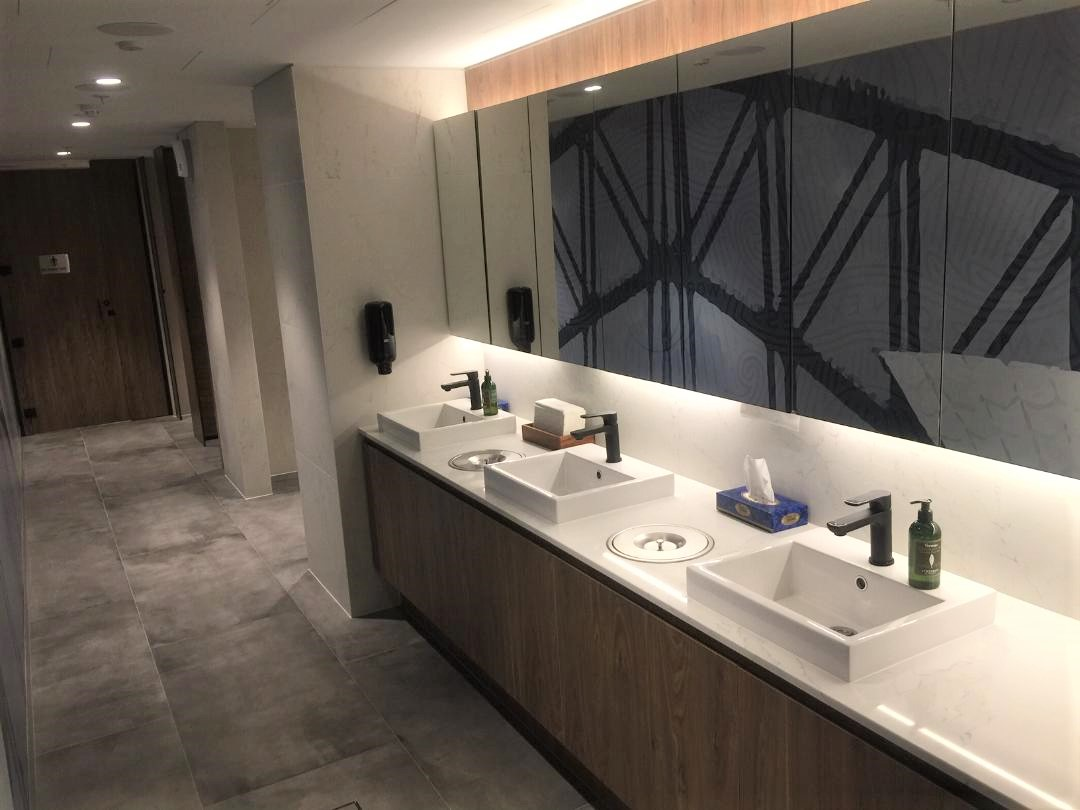 Bathroom, American Express Lounge, Sydney T1