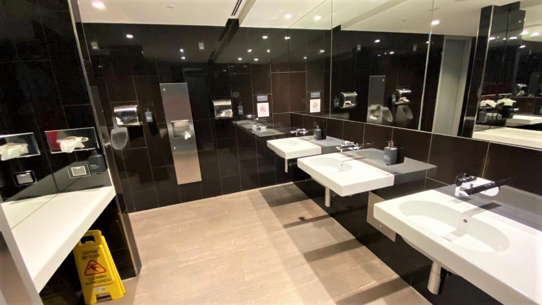 Bathroom, Virgin Australia Lounge - Perth Airport