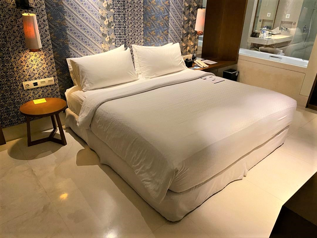 King Bed, Junior Suite, Four Points by Sheraton Bali, Seminyak