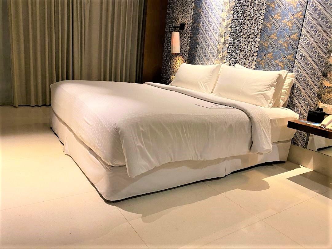 Bed, Four Points Bali, Seminyak
