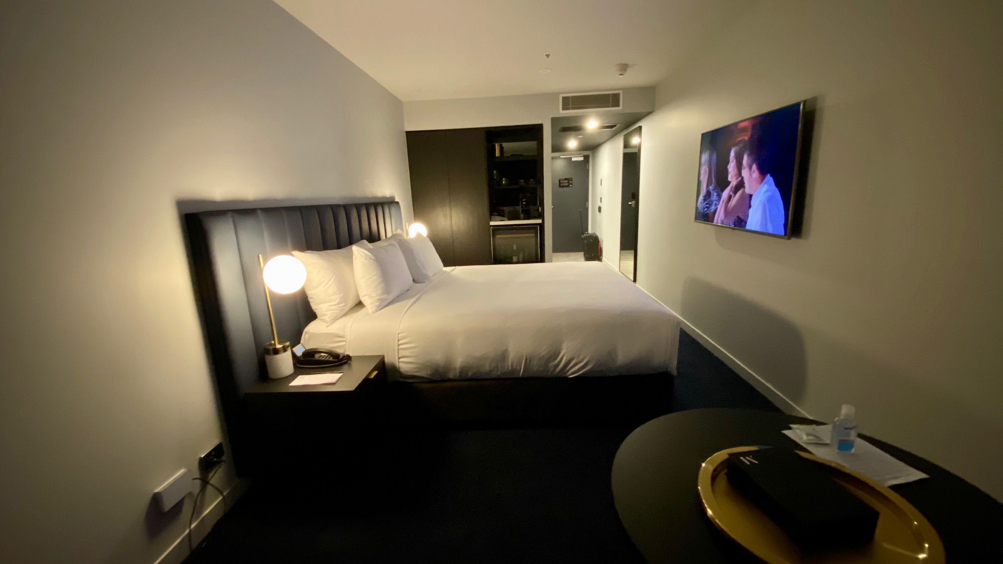 Kind Bed, Midnight Hotel Canberra