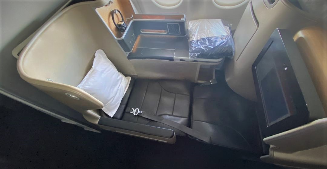 Qantas A-330 Business Class Seat - Bed mode