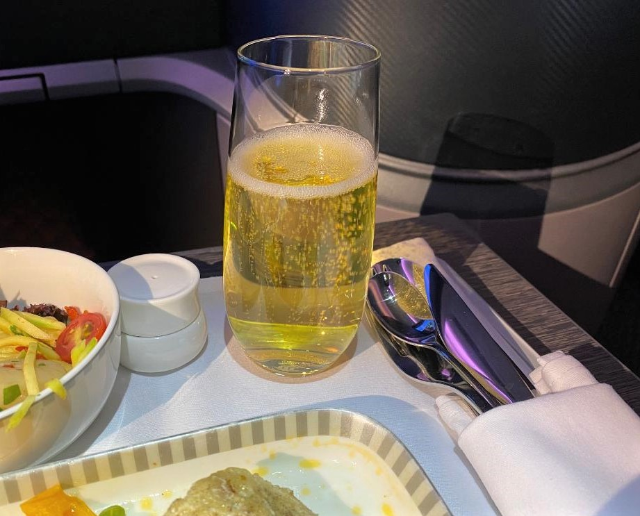 Sparkling wine on Singapore Airlines Business Class