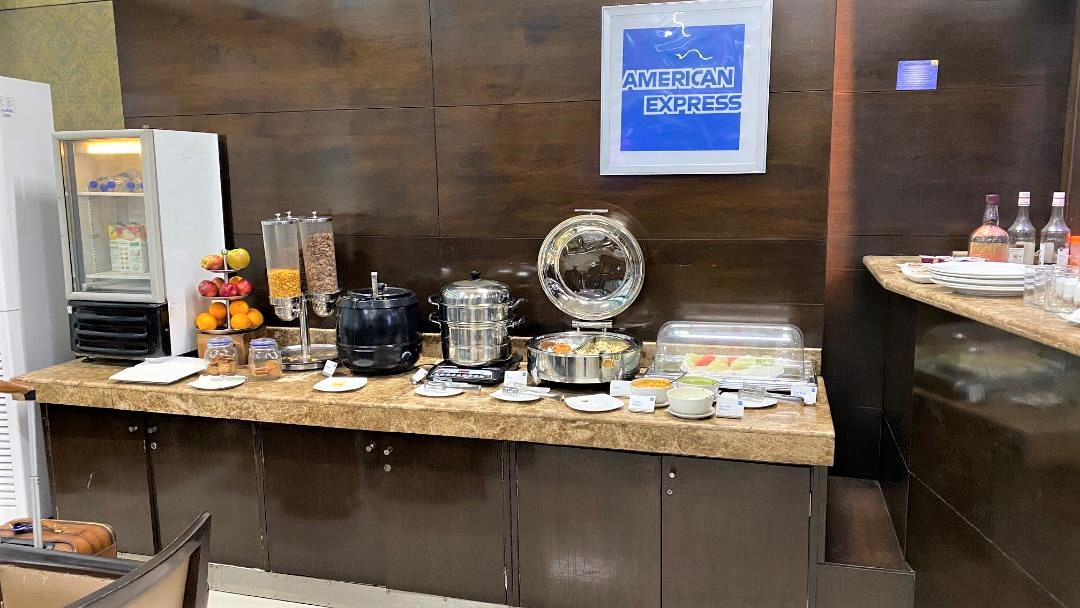 Buffet Station, Amex Lounge Delhi Airport