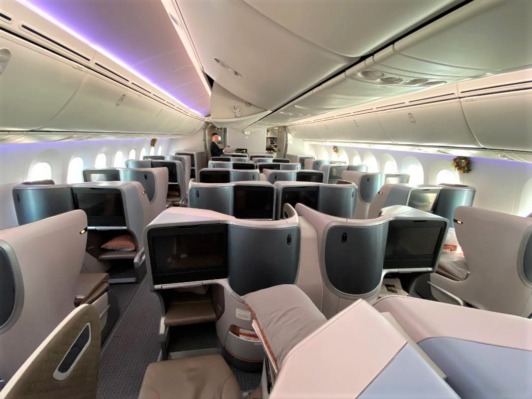 Singapore Airlines B787-10 Business Class Cabin