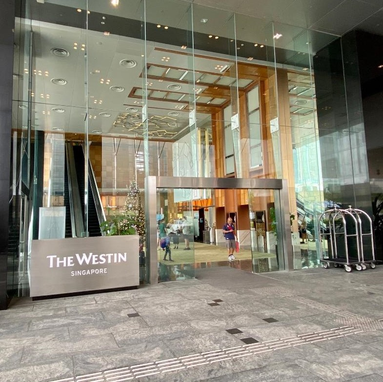 The Westin Singapore, Main Entrance