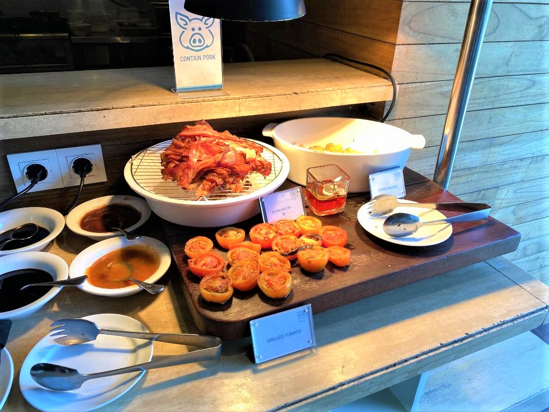 Hot Food at Devali, Four Points Bali, Seminyak