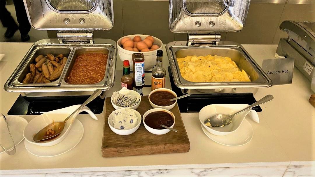 Hot Food at Qantas Domestic Business Lounge - Sydney Airport
