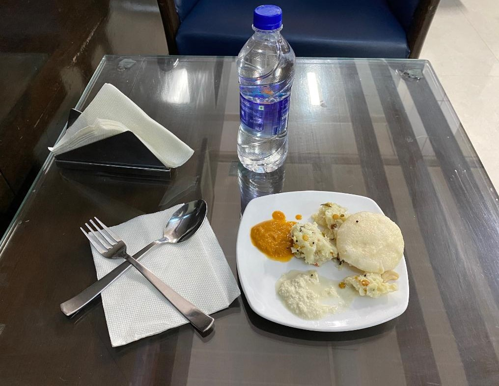 Idli and Upma at Amex Lounge Delhi Airport