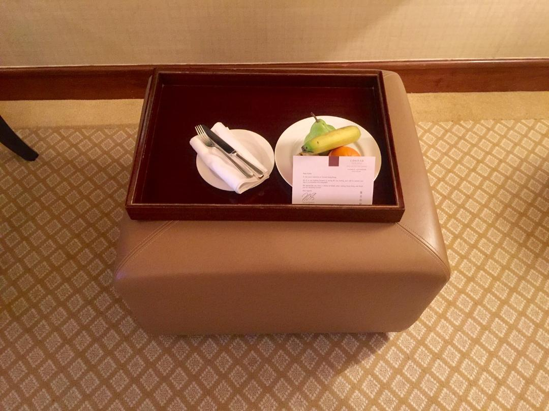 Fruit Platter & Welcome Note