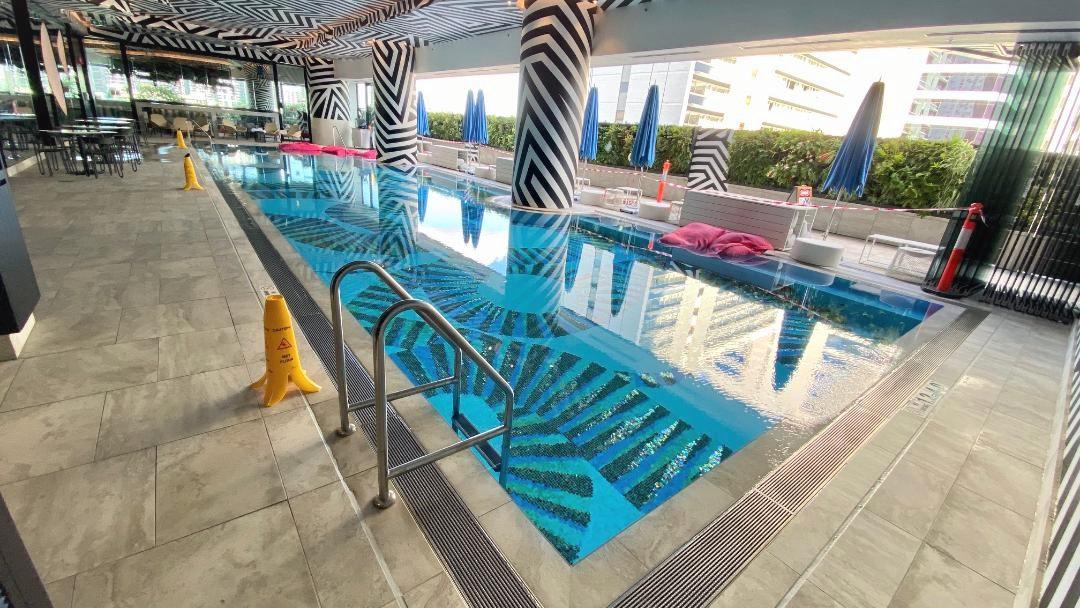 Pool, W Brisbane