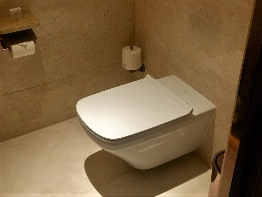 JW Marriott Macau, Executive Suite Powder Room