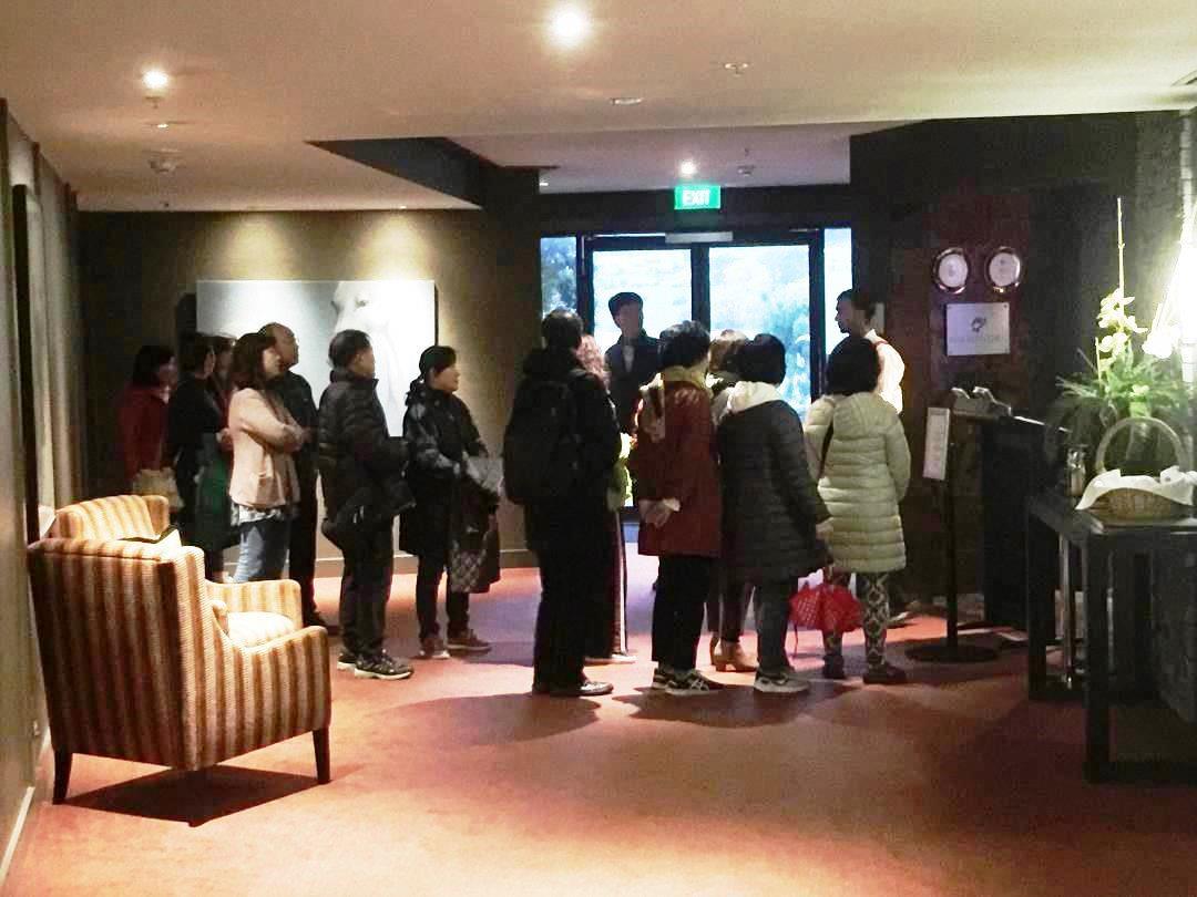 Hilton Queenstown Breakfast queue