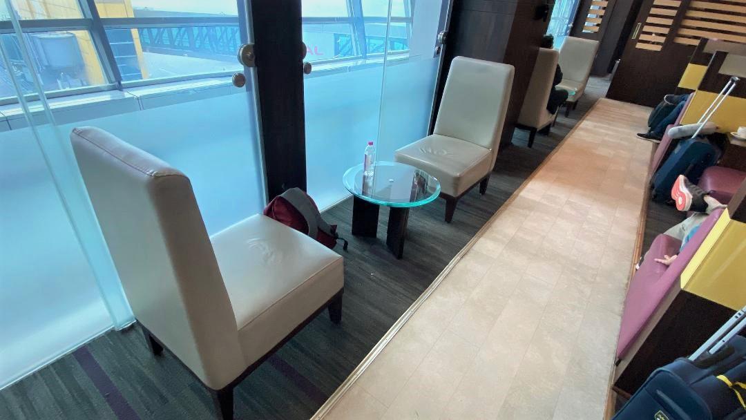 Seating, Air Vistara Lounge Delhi Airport