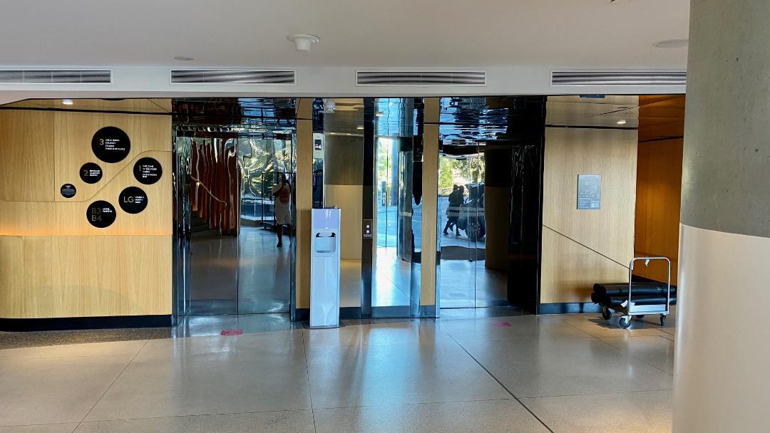 Street Lvl Lifts, W Brisbane