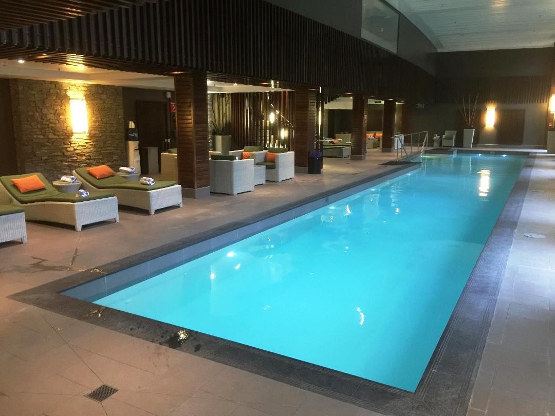 Hilton Queenstown, Pool