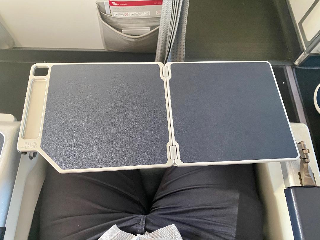 Tray Table, Virgin Australia B-737