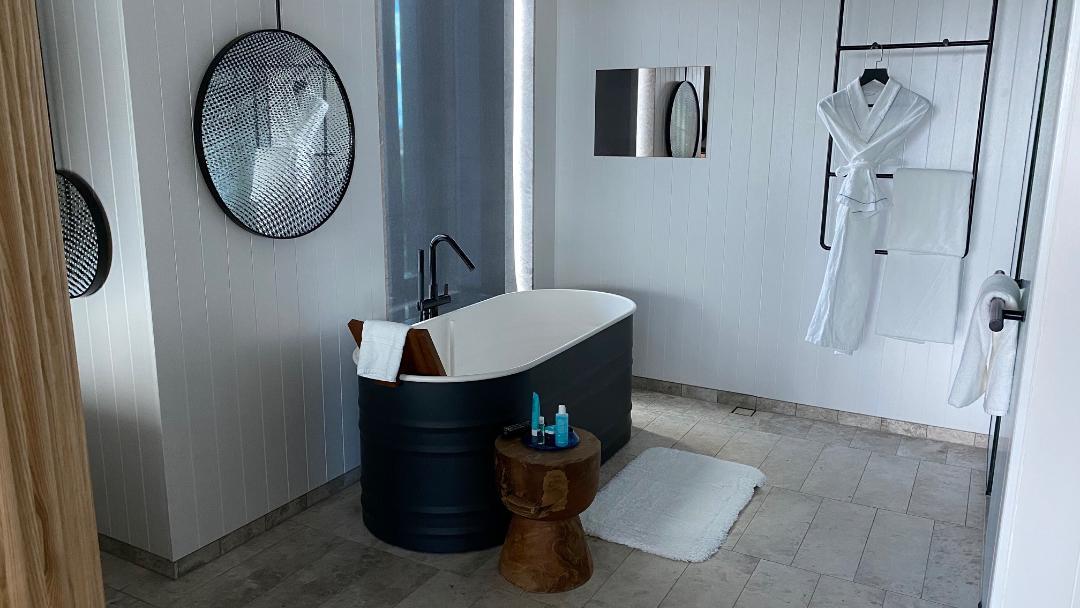 Bath-tub, Fantastic Suite - W Brisbane
