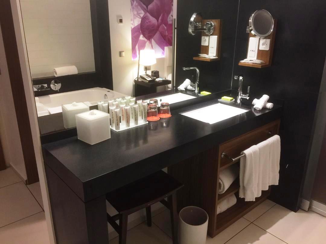 The Vanity, Voyager Suite